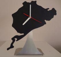 Foto 3 NÜRBURGRING Wand und Schreibtischuhren schwarz u. Edelstahl.Aufkleber schwarz und weiss