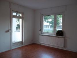 Foto 2 Nachmieter für neu-sanierte Wohnung in Tempelhof gesucht-ab sofort!