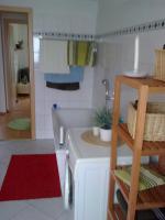 Foto 2 Nachmieter für schöne 2-Zimmer-Wohnung mit Balkon