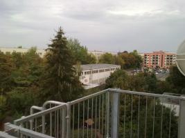 Foto 3 Nachmieter für schöne 2-Zimmer-Wohnung mit Balkon