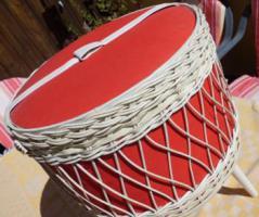 Foto 2 Nähkorb für Wolle oder Bastelutensilien Kabel sonstiges Hocker Retro Vintage Pandon Ära