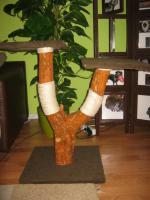 Foto 2 Naturkratzbaum, eigene Handanfertigung!
