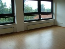 Foto 3 Nette 3 Zimmer Wohnung