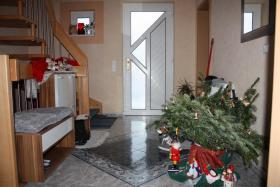 Foto 3 Netts Kindrfreundliches Häuschen zu Verkaufen