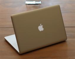 Foto 2 Neu Apple MacBook Pro 15.4 Zoll , 2.4  GHz i5 , 320 Gb