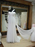Foto 4 Neu: Brautkleider der Pronovias-Group - ab Herbst 2011: Exklusivmarke White One
