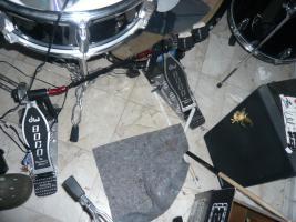 Foto 2 Neu wertiges Schlagzeug