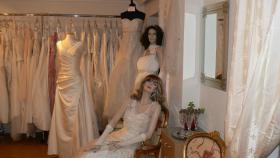 Neue Brautkleider ab € 199.- bis € 499.-