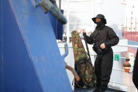 Foto 4 Neue Tote bei Piratenüberfall , R.Spies sprach schon in der FInancial Times 2009 darüber, Jacht Quest 4 US Amerikaner von Piraten erschossen , trotz Lösegeldverhandlungen