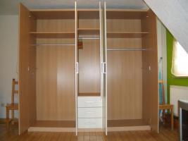 Foto 3 Neuer und ungenutzter großer Schlafzimmerschrank!!!