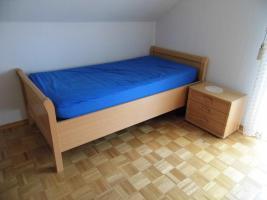 Neuwertig:Schlafzimmer Eiche Hell.