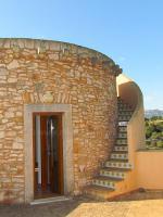 Foto 4 Neuwertige Turm Finca mit Meerblick in den Hügeln von S'Espinagar nahe Porto Colom