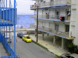 Foto 2 Neuwertige Wohnung direkt am Meer/Griechenland