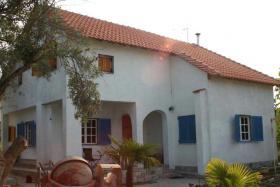 Neuwertiges Einfamilienhaus auf der schönen Halkidiki/Griechenland