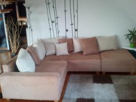 Neuwertiges Polsterecke +Wohnwand zu verkaufen