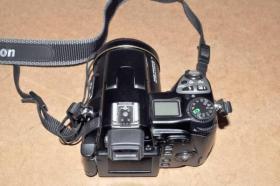 Foto 2 Nikon Coolpix 8800 Digitalkamera