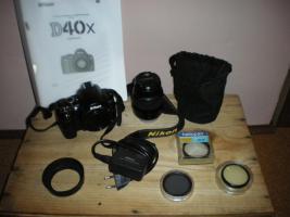 Nikon D40x digitale Spiegelreflexkamera mit 10,2 Mega Pixel