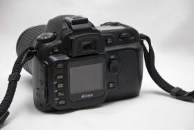 Foto 2 Nikon D50 + Nikon Objektiv 18-55 , neuwertig , Zubehör