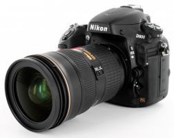 Nikon D800 Digitalkamera mit Objektiv: AFG-S Nikkor 28-300mm f/3.5-5.6G ED VR keine Auslösungen ovp versiegelt Nagelneu! 2 Jahre Garantie