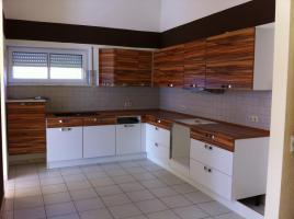 Foto 2 Nobilia Küche in L-Form mit Soft-Einzug 1 Jahr alt