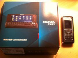 Nokia E90 braun Kommunik.