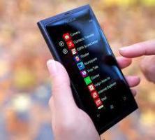 Foto 3 Nokia Lumia (Neu)800-16 GB-8 Megapixel Kamera mit Weitwinkelobjektiv  zum fairen Preis