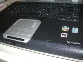 Foto 3 Notebook HP Pavilion ZV 6000 (zv6246EA) + Wind-XP + Office2002 SB