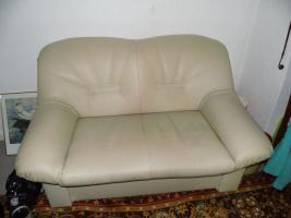 Nur an Selbstabholer biete Sofa Sessel, Stehlampe, Schrank, Esszimmer Tisch, Gasherd, Kleiderschrank