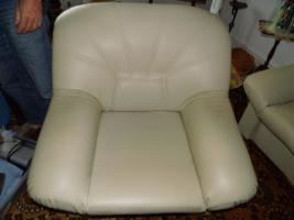 Foto 4 Nur an Selbstabholer biete Sofa Sessel, Stehlampe, Schrank, Esszimmer Tisch, Gasherd, Kleiderschrank