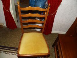 Foto 11 Nur an Selbstabholer biete Sofa Sessel, Stehlampe, Schrank, Esszimmer Tisch, Gasherd, Kleiderschrank