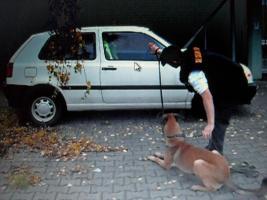 Foto 13 Obramo-Security Tierabwehr  TEST Mittel FOX große Dose mit Hüfthalterung