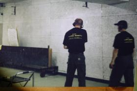 Foto 14 Obramo-Security Tierabwehr  TEST Mittel FOX große Dose mit Hüfthalterung