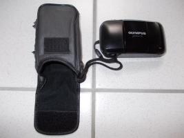 Olympus µ [mju:] -1, Autofokus Kleinbildkamera mit 35 mm Objektiv, Tasche