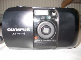Foto 2 Olympus µ [mju:] -1, Autofokus Kleinbildkamera mit 35 mm Objektiv, Tasche