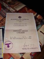Foto 2 Orginal Kopieen Verleihungsurkunde Eiserne Kreuz/ + Vorläufiges Besitzzeugnis