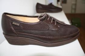 Foto 2 Orthopädische Schuhe