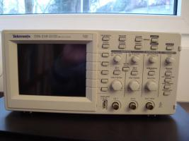 Oscilloskop Tektronix TDS 210