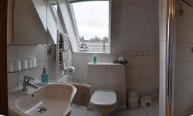 Tageslichtbad m.Handtuchwärmer