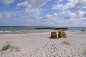 2 Strandkörbe am Schönberger-Strand