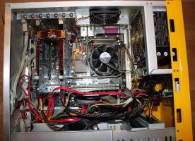 Foto 6 PC-Rechner Asus - Mainboard , IntelCore2 Duo