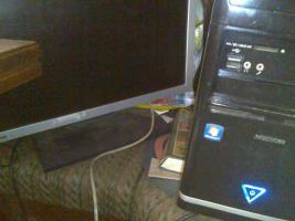 Foto 3 PC m. großem Bildschirm -48cm- 1,5 TB Festplatte