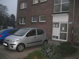 PROVISIONSFREI: Sch�ne, gem�tliche, m�belierte Wohnung in Krefeld