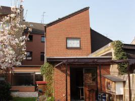 Foto 2 PROVISIONSFREI - Mehrfamilienhaus Mönchengladbach-RY
