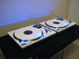 paar 2 wei technics 1200 mk2 dj plattenspieler in d sseldorf von privat. Black Bedroom Furniture Sets. Home Design Ideas