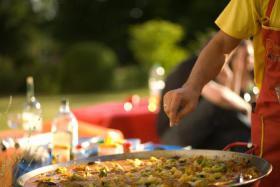 Paella, Tapas, Live-Koch bei Ihnen zu Hause - Ein Genuss und unvergessliches Erlebnis: in Hamburg und bundesweit