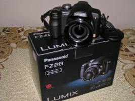 Foto 2 Panasonic Lumix DMC-FZ28EG-K (schwarz, OVP)