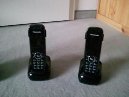 Foto 3 Panasonic Telefon mit Anrufbeantworter und 3 Mobilteilen