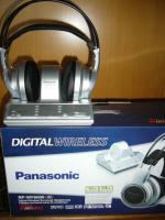 Foto 3 Panasonic_Digitaler Funk-Kopfhörer_30 meter rauschfreier Empfang_Extra-Bass