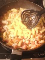 Foto 5 Papa Kocht : Kochen mit Ralf Spies - kostengünstig Kochen Speck Nudelpfanne