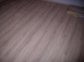 parkett und laminat verlegung in oberhausen parkett laminat treppen b den. Black Bedroom Furniture Sets. Home Design Ideas